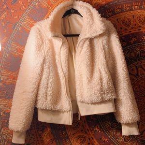 Zara Fluffy Sherpa Cream Zip Up Jacket